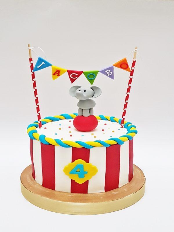 mrponq torta circo